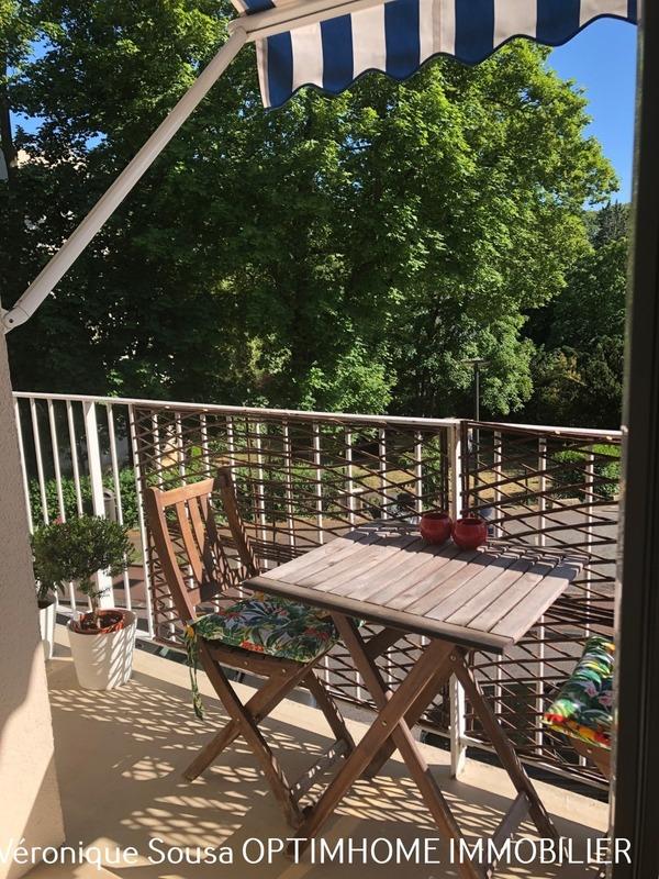 Appartement en résidence de 76  m2 - Saint-Germain-en-Laye (78100)