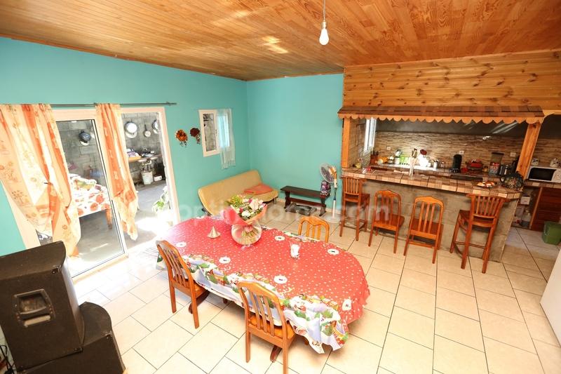 Maison de 90  m2 - Saint-Pierre (97410)