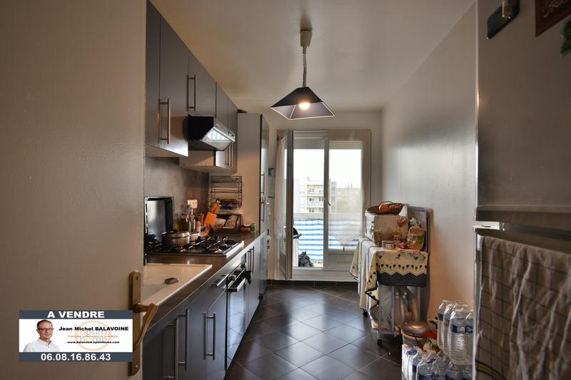 Appartement de 79  m2 - Chartres (28000)