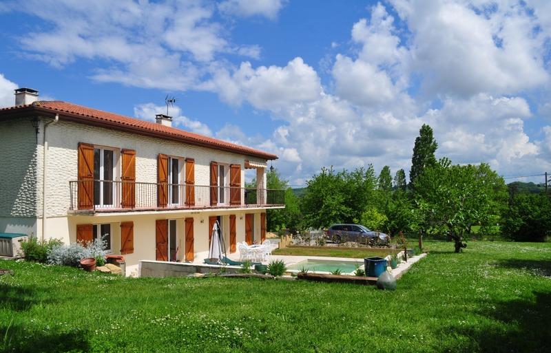 Villa de 210  m2 - Mirande (32300)