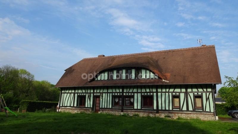 Propriété de 268  m2 - Saint-Ouen-de-Thouberville (27310)