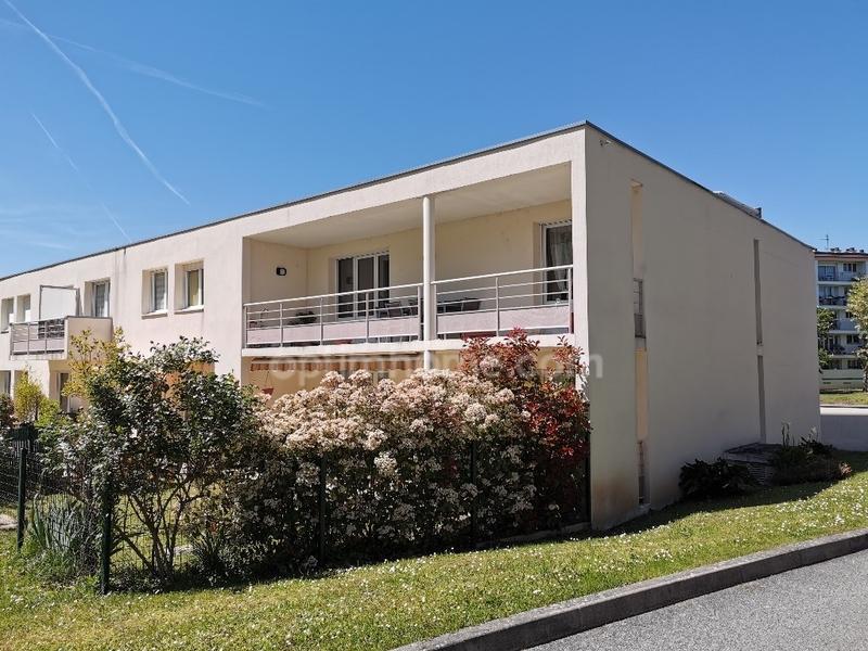 Appartement de 99  m2 - Limoges (87000)