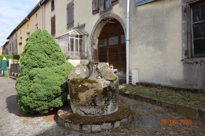 Maison à rénover de 100  m2 - Gruey-lès-Surance (88240)