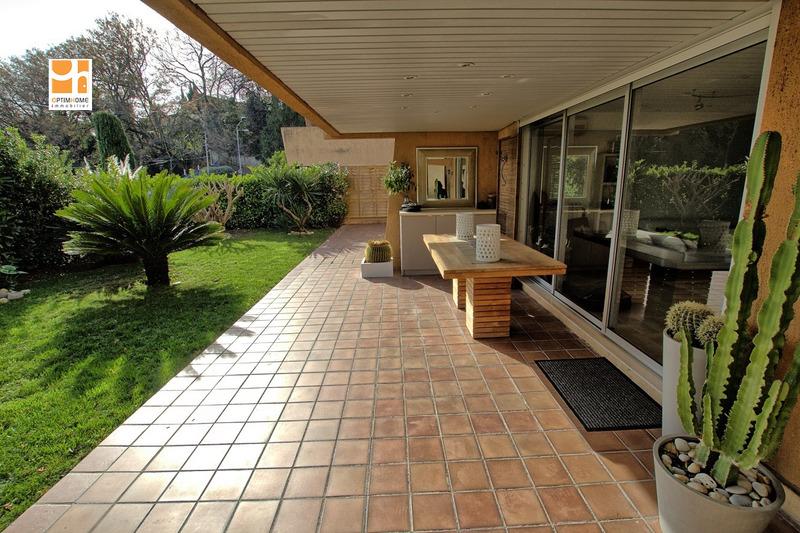 Appartement en rez-de-jardin de 95  m2 - Cagnes-sur-Mer (06800)