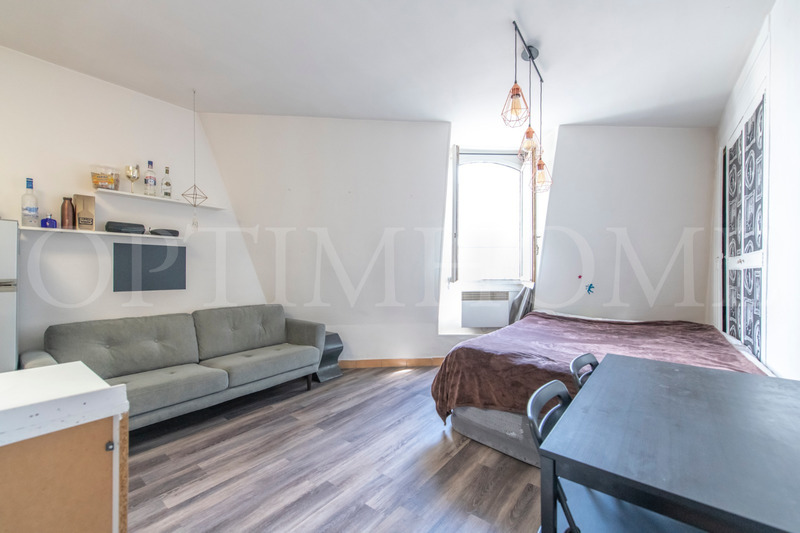 Appartement bourgeois de 34  m2 - Paris (75009)