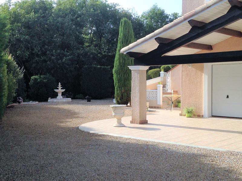 Maison de 120  m2 - Courniou (34220)