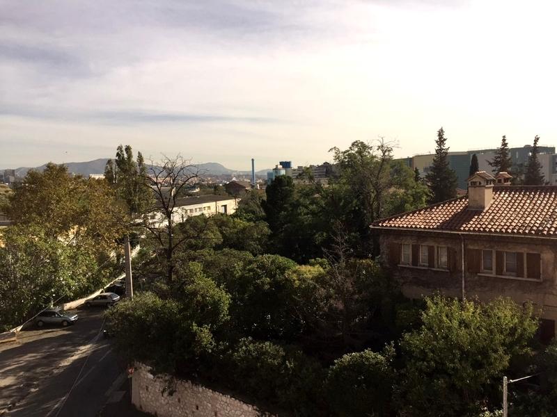 Appartement de 60  m2 - Marseille (13015)