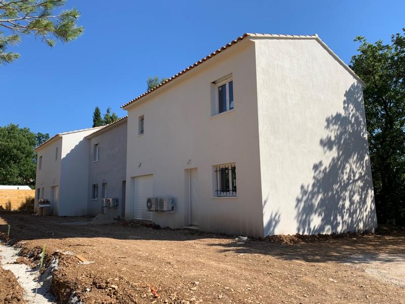 Villa de 85  m2 - Rocbaron (83136)