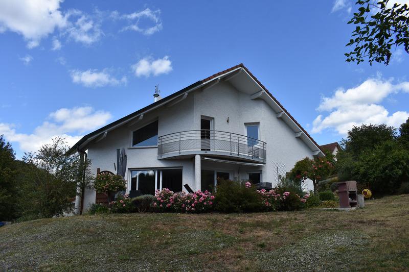 Maison contemporaine de 168  m2 - Baume-les-Dames (25110)