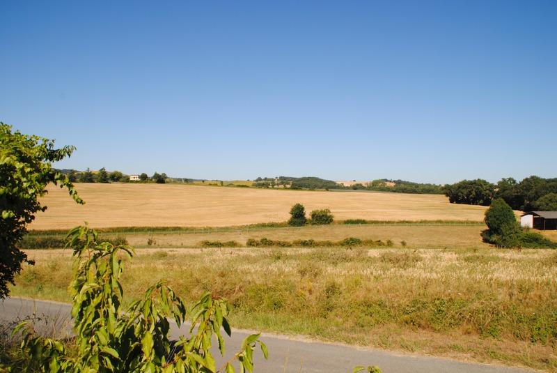 Parcelle de terrain de   m2 - Saint-Paul-Cap-de-Joux (81220)