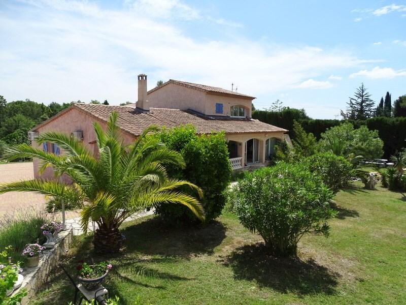 Villa de 180  m2 - Bagnols-en-Forêt (83600)