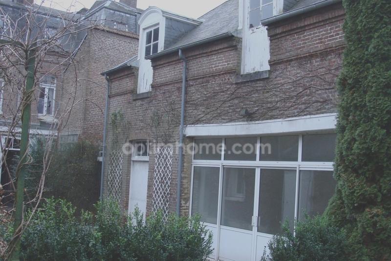 Hôtel particulier de 315  m2 - Abbeville (80100)